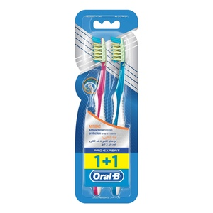 Oral-B Pro-Expert Antibac Manual Toothbrush 1+1