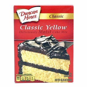 Duncan Hines Classic Yellow Moist Cake Mix 432g