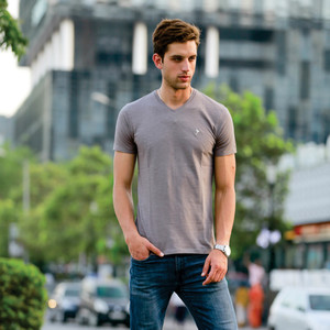 Eten Men's Basic Tee V-Neck Short Sleeve Brushed Nickel