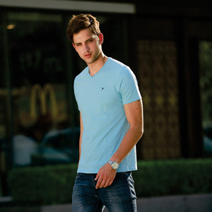 Eten Men's Basic Tee V-Neck Short Sleeve Sky Blue