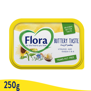 Flora Buttery Vegetable Oil Spread 250g
