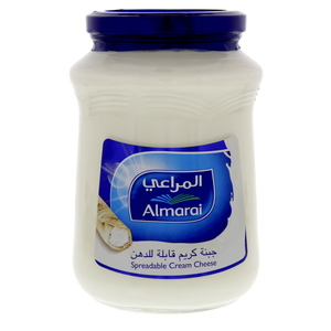 Almarai Spreadable Cream Cheese 900g