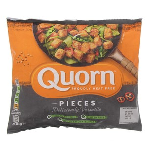 Quorn Meat Free Savoury Flavour Pieces 300g