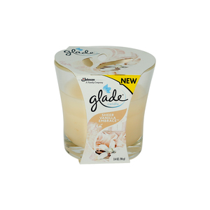 Glade Candle Sheer Vanilla Embrace 96g