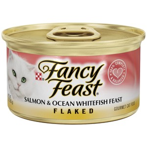 Purina Fancy Feast Flaked Salmon & Ocean Whitefish Wet Cat Food 85 Gm